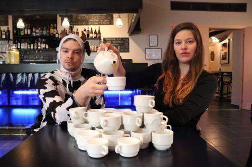 Herci ze Švandova divadla uvedou Kauzu pražské kavárny