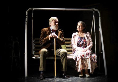Zuzana Kronerová září ve Vršovickém divadle MANA v břitké komedii Gin Game