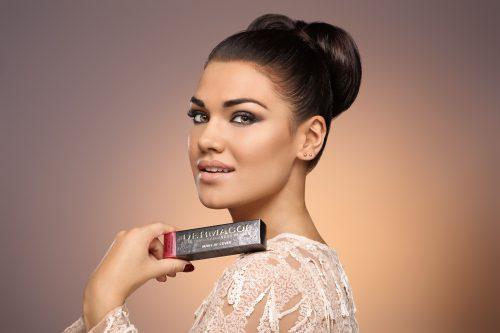 Make-up slaví svůj mezinárodní den. Jeden z nejslavnějších vznikl u nás