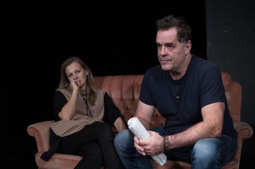 FOTO: Mléčné sklo ve Vršovickém divadle MANA