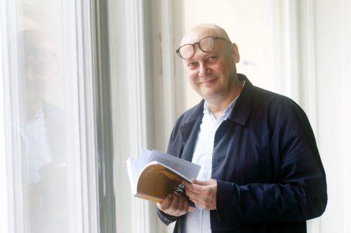 Černý kůň českých knižních pultů. Kniha osobitých cestopisů Jiřího Peňáse je vyprodaná, dotisk vyjde koncem ledna