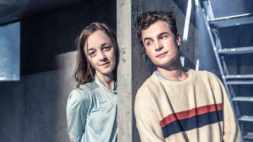Ať vejde ten pravý. Švandovo divadlo uvede drama o lásce, dospívání, šikaně a upírech